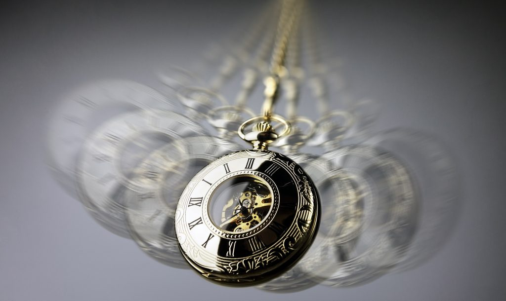ticking clock popularly stereotyped with hypnosis